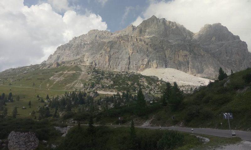 Immagine di un paesaggio delle Dolomiti di Francesco Belgrano per Liberi di Andare