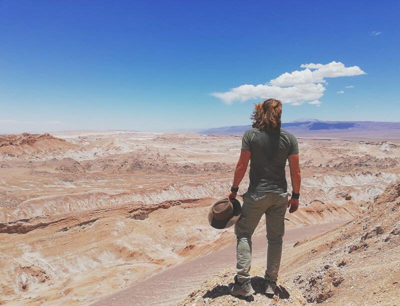 Immagine di Francesco nel deserto dell'Atacama